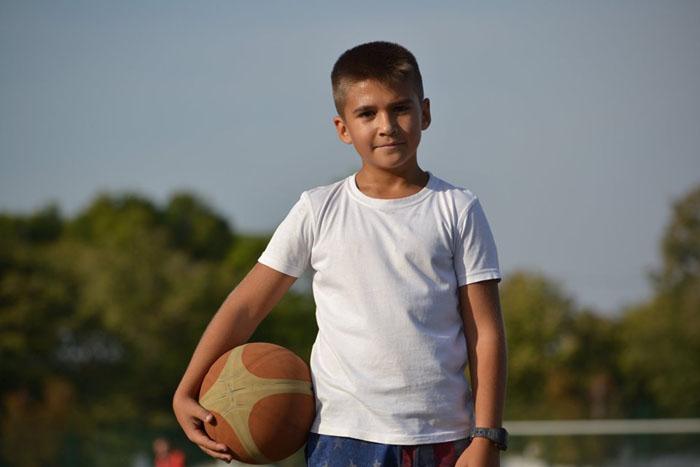 Паєвський, 2009 р.н., захисник баскетбольної команди